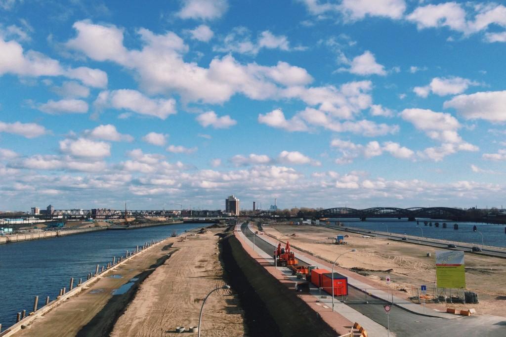 Hamburg Hafen Wolken Weite