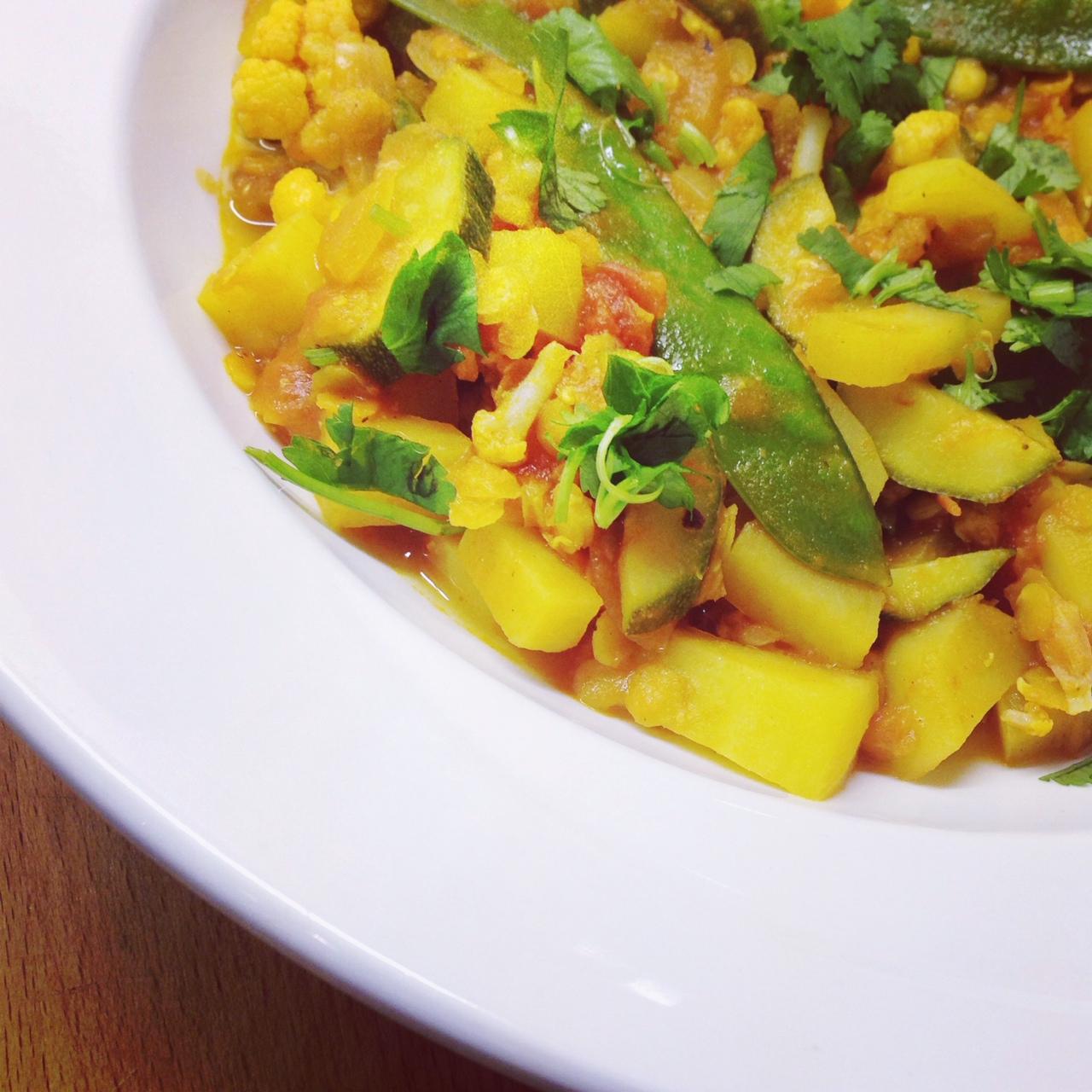 Blumenkohlcurry mit gelben Linsen - vegan
