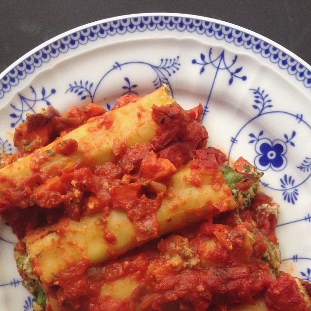 cannelloni mit spinat kichererbsen cashew creme füllung - statt Ricotta