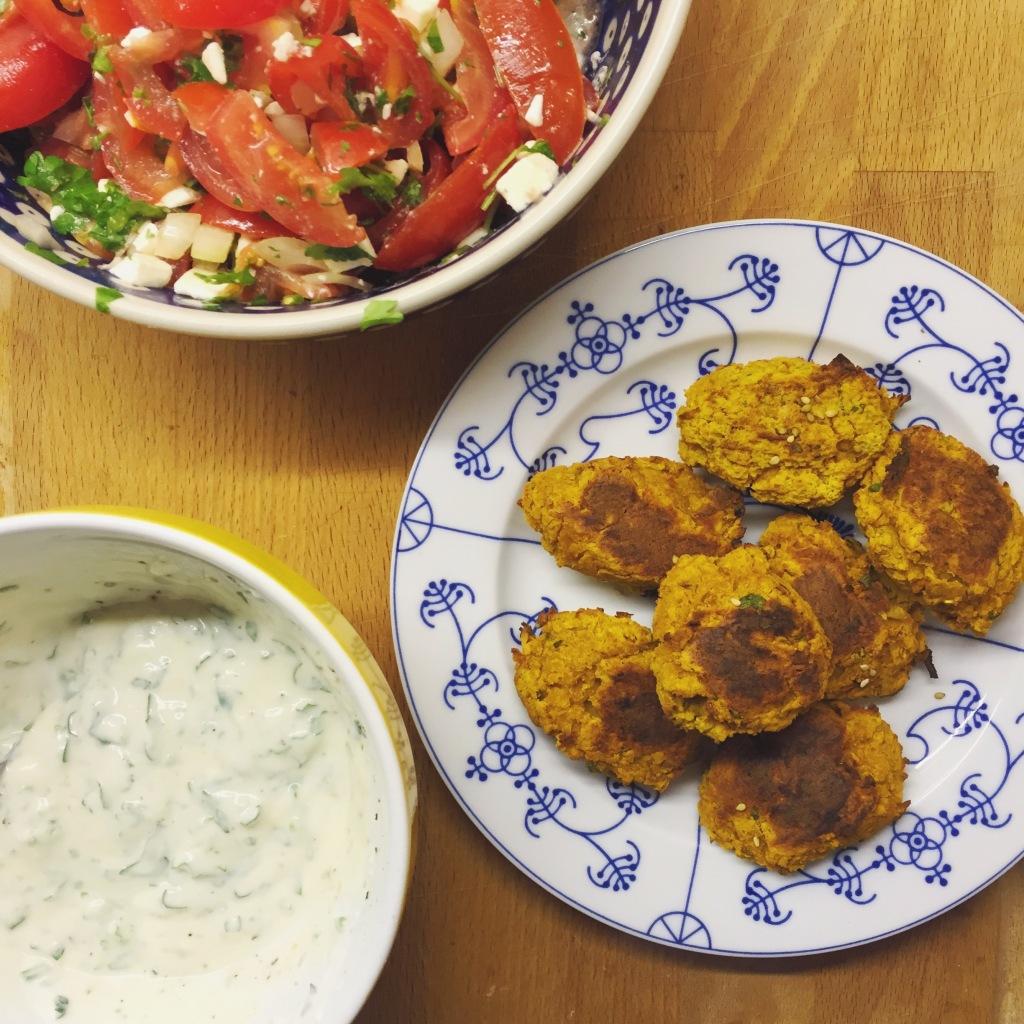 vegetarische und vegane Rezepte mit Kürbis - Falafel und Kürbishummus