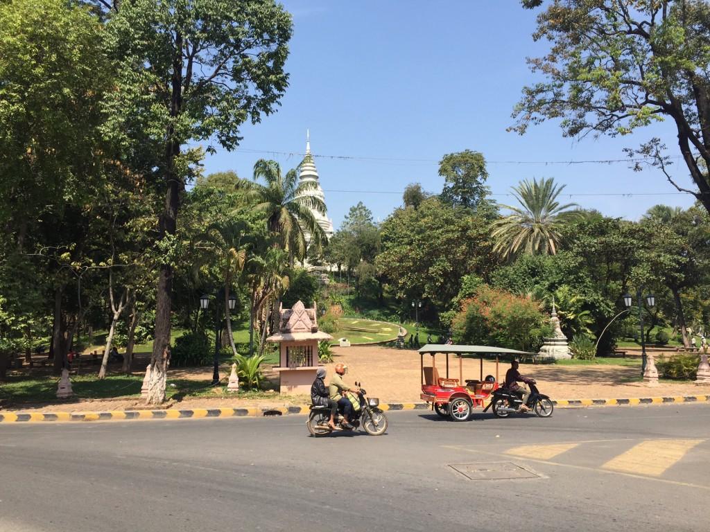 Wat Phom