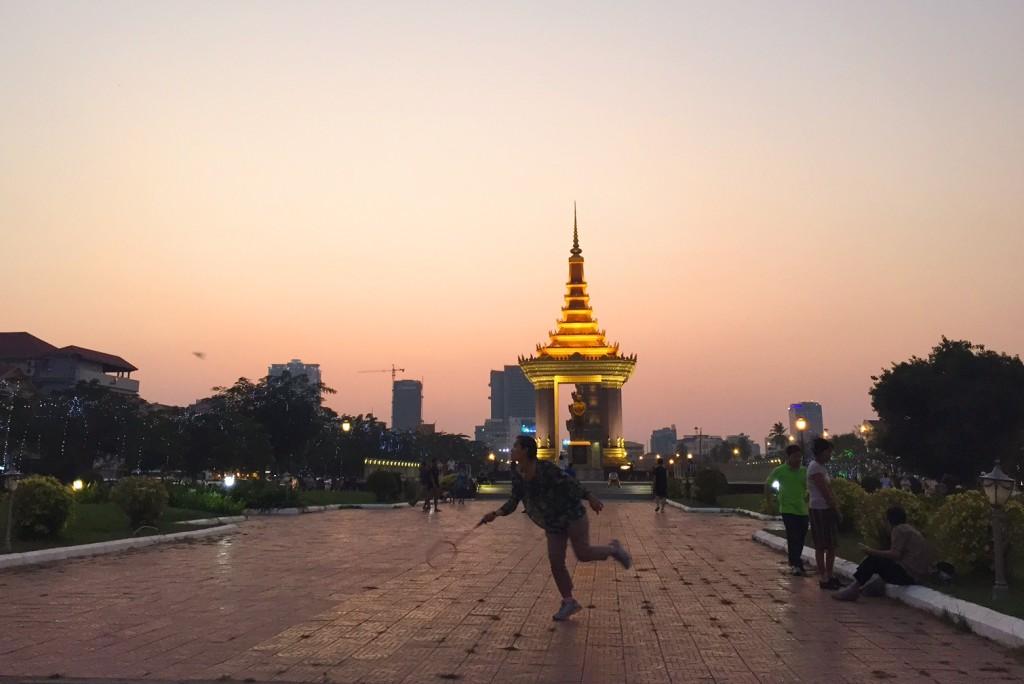 Abendliche sportliche Betätigung in Phnom Penh